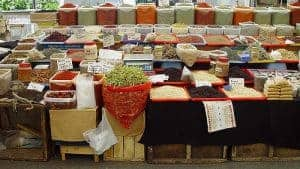 фруктовый и овощной киоск