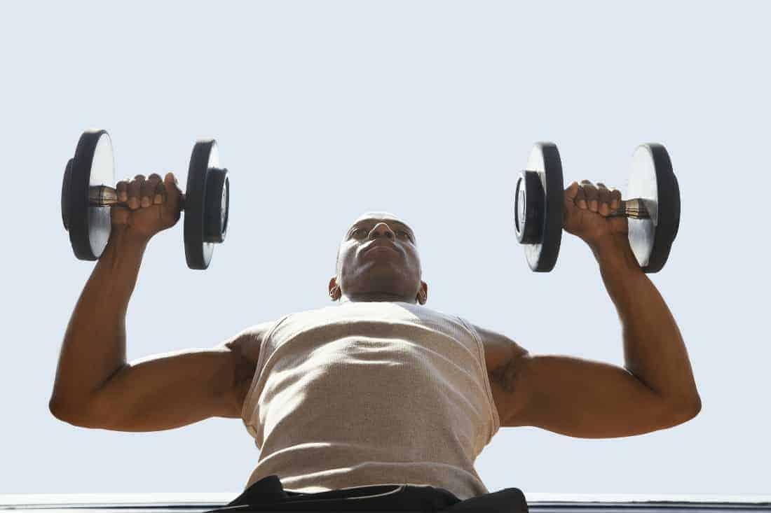 мужские упражнения с гантелями