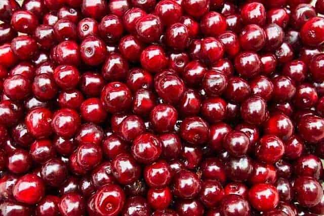 вишнёвый плод