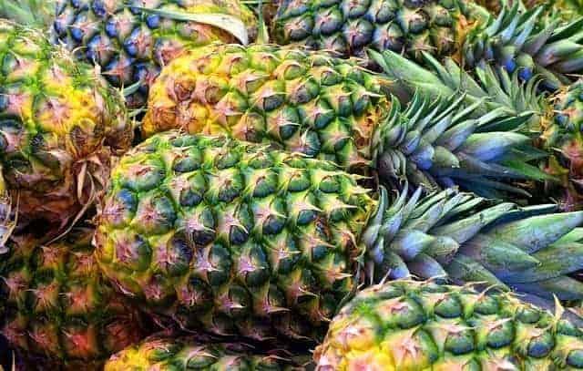 Свежий ананасовый фрукт