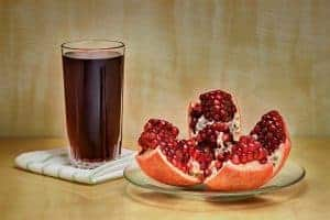 pomegranate 3977500 640 300x200 1