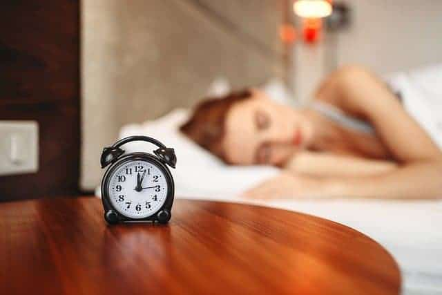 женщина во время сна
