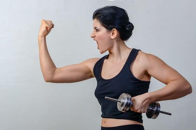 женские упражнения с гантелями