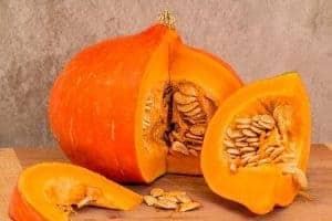 Нарезанные тыквенные фрукты